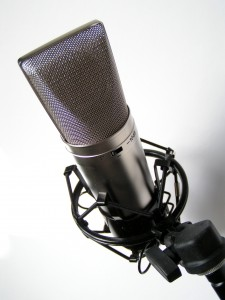 10 Tips To Produce Better Vocal Recordings Part 2 225x300 10 Tips To Produce Better Vocal Recordings (Part 2)